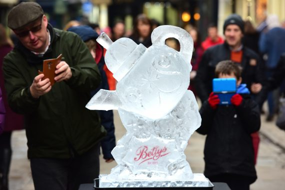 image of ice Sculpture