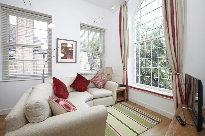 TheThe Malt House, York Old r Living Room